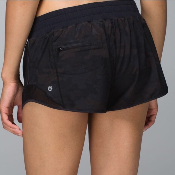 d79f0be3a lululemon athletica Pants - Lululemon Black Camo Hotty Hot Mesh Shorts 6